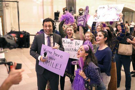 SmileDirectClub Improv Stunt In Grand Central Terminal