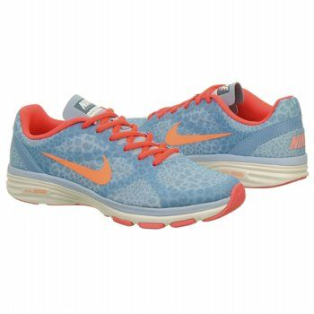 best service cfaa2 f32a2 Nike Women s DUAL FUSION TR at Famous Footwear