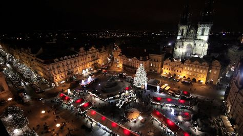 You may have seen our recent posts about Czech Christmas traditions and just all things Czech Christmas. I recently found a video filmed by Metron, a Vimeo user focusing mainly on short travel movies.