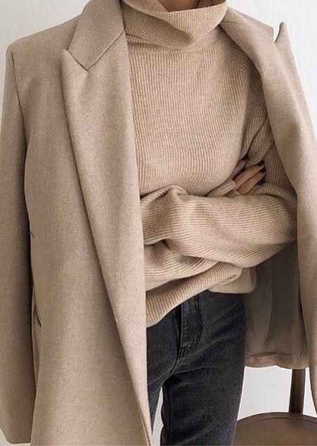 Minimalist Fashion: 30+ Best Minimalist Style Outfits for Fall - #Fall #Fashion #minimalist #Outfits #Style