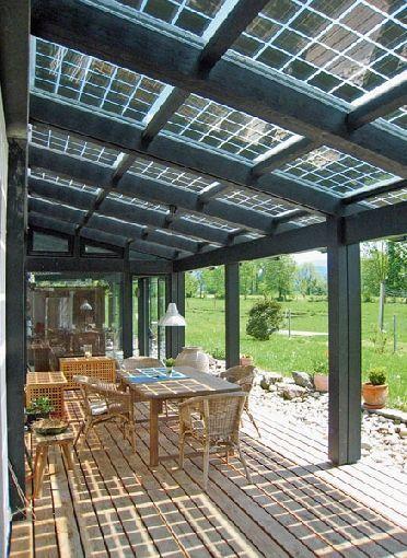 Gardenplaza Solarmodule Auf Terrassen Und Carportuberdachungen Helfen Strom Zu Sparen Sonnenschutz Mit Zu Terassenideen Terrassendach Carport Uberdachung