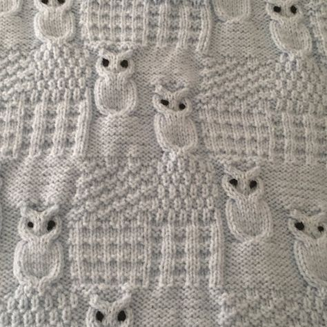 Wise Owls welcoming newborns to toddlers keeping them snug and warm. A beautifully snuggly car/pram/crib/stroller blanket made in one piece.At 30