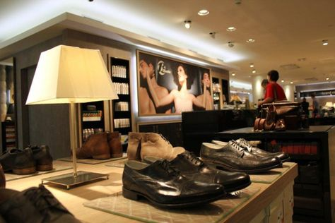 314 Best Shoe Stores Images On Pinterest | Shoe Stores, Shoes Stores And  Retail Store Design