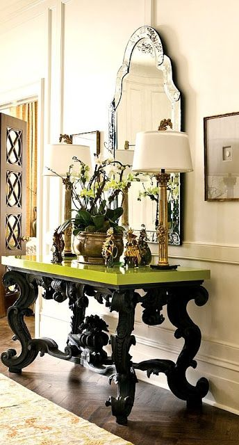 Decorating French Style With Louis Xv Console Tables Foyer Table Decor Decor Foyer Decorating