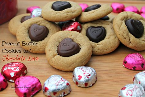 Peanut Butter Cookies w/ Chocolate Love  - An easy #peanutbuttercookie with a decadent #chocolate #candy in the center.  Perfect #treat for #valentinesday (scheduled via http://www.tailwindapp.com?utm_source=pinterest&utm_medium=twpin&utm_content=post674439&utm_campaign=scheduler_attribution)