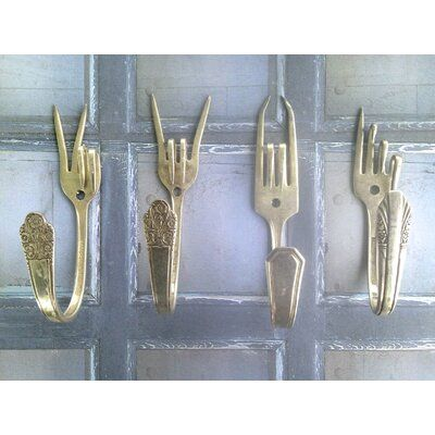 Winston Porter Upcycled forks made into unique coat hooks. These would be a great addition to your kitchen, living room or any other room. It is also a great conversation starter with you and your guests. Hardware not included. Recycled Silverware, Silverware Art, Cutlery, Home Decor Hooks, Unique Home Decor, Fork Art, Spoon Art, Diy Gifts For Dad, Upcycled Crafts