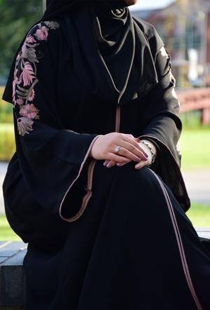 Uk Abayas Online Islamic Muslim Clothing Hayah Al Muslimah Abaya Fashion Dubai Abayas Fashion Abaya Fashion