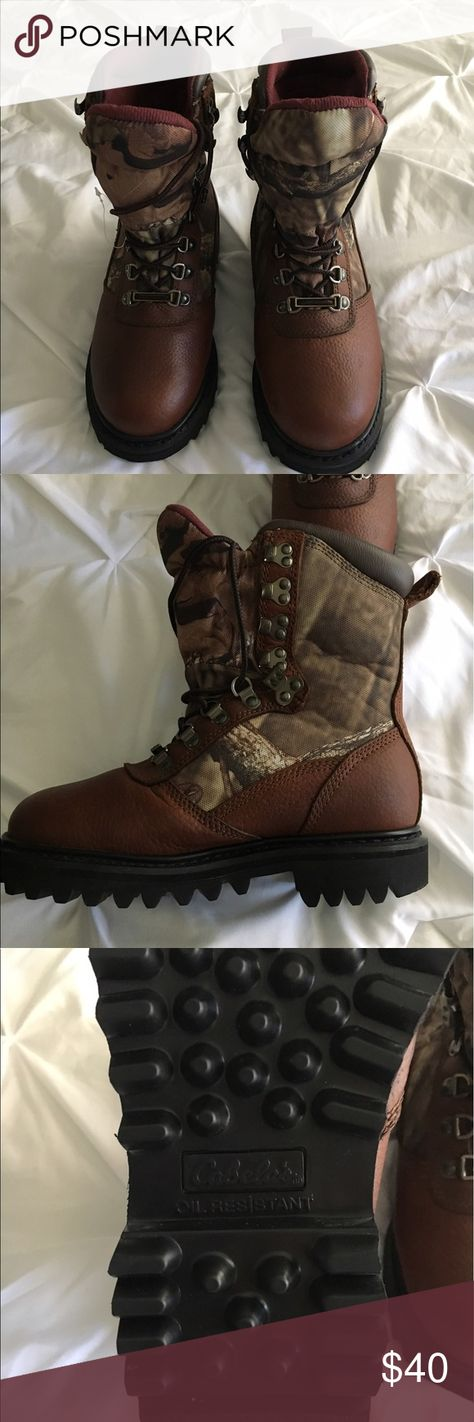 ♥️Cabelas Hunting Boots size 3♥️ (With