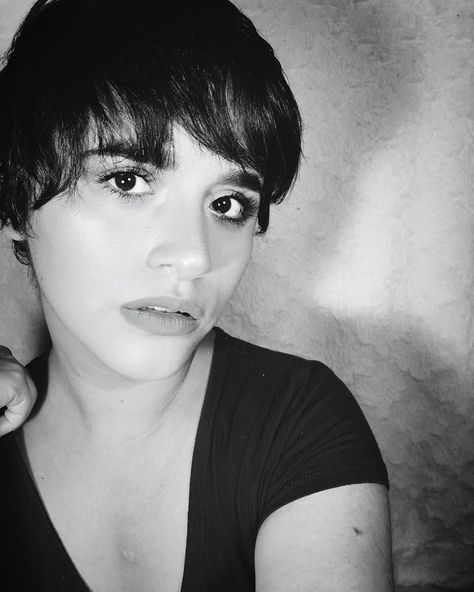 #hairstyles See yourself with kind eyes.#selfcare #sele #love #loveyourself #loveyou #latina #mexicana #blackandwhite #portrait #photography #photo #me #pictureoftheday #photooftheday #potd #makeup #hair #hairstyles #shorthair #mom #momlife #instapic #beauty #beautiful #bestoftheday