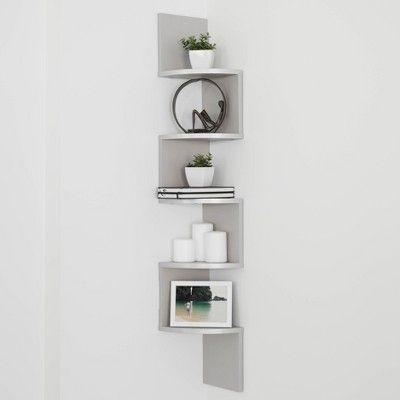 Questa fuga a zigzag non collega solo un artista all'altro e un genere all'altro, ma è anche un viaggio nel tempo: Zig Zag Corner Shelf Gray Corner Shelf Ideas Wall Mounted Shelves Wall Shelf Decor