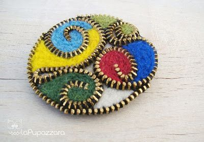 The Pupazzara: Felt- cool using zipper teeth & felt