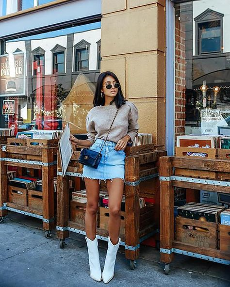 Cowboy boots street style outfit the 8 best street style trends at fashion week Tall Boots Outfit, Summer Boots Outfit, Combat Boot Outfits, Winter Boots Outfits, Outfit Winter, Timberland Boots Outfit Summer, Outfits With Boots, Hiking Boots Outfit, Boho Boots