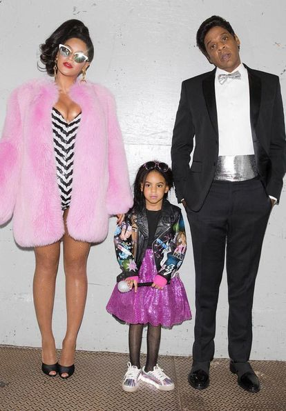 Jay Z And Beyonce Halloween Costume 2020 Best Family Halloween Costumes Ideas for 2020 | Celebrity couple