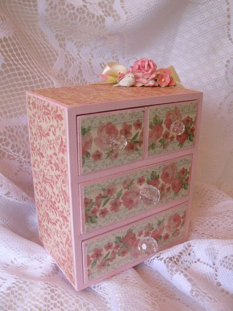 Small Shabby Chic Dresser - Scrapbook.com