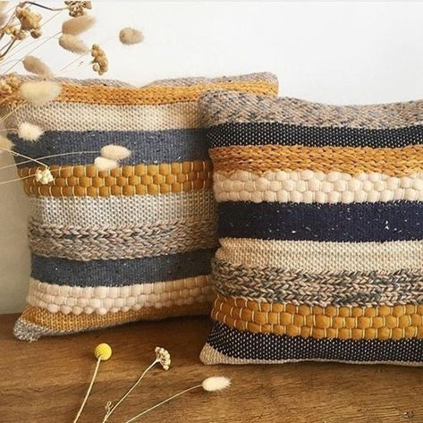 Loom Weaving, Tapestry Weaving, Hand Weaving, Fabric Weaving, Weaving Projects, Knitting Projects, Scandi Style, Decorative Pillow Covers, Handmade Rugs