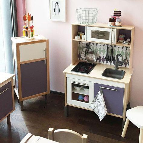 Die IKEA DUKTIG KInderküche wurde von Ana W. traumhaft aufgehübscht ...