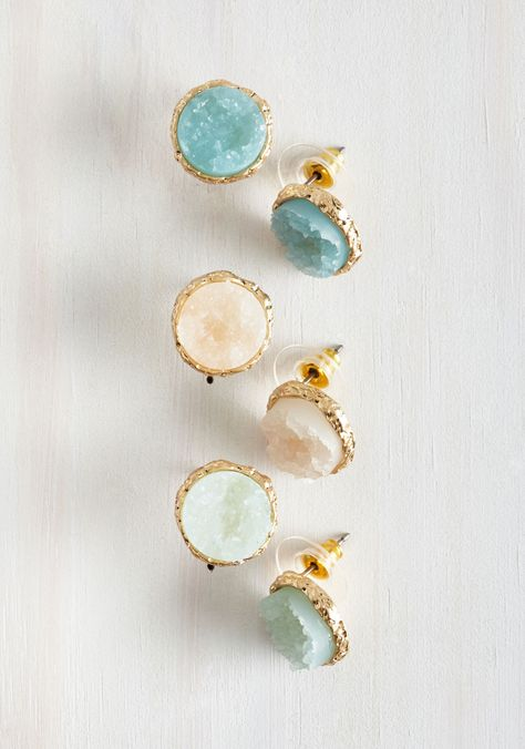 Return to Throne Earring Set. Wherever your fashion adventures lead, youll always come back to these glistening earrings! #gold #modcloth