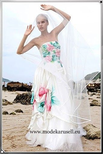 Abendmode Abendkleid 2019 Mit Blumen In Weiss Abendkleider Elegant Festlich Event Hochzeit Wedding Dresse Abendkleid Weiss Abendkleid Abendkleider Elegant