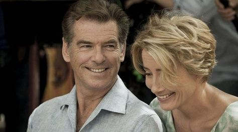 The Love Punch – Trailer for Pierce Brosnan Emma Thompson's new film Best Romantic Comedies, Romantic Comedy Movies, Romance Movies, Emma Thompson, Tv Series To Watch, Series Movies, Movie List, Movie Tv, Netflix Movies To Watch