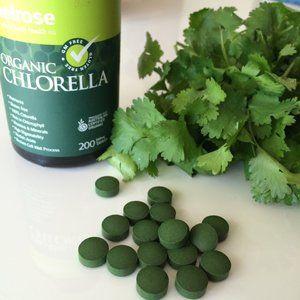 Chlorella and Cilantro   Thyroid   Heavy metal detox, Detox