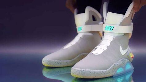 "Nike präsentiert den ""Mag""   Nike schuhe outfits, Zurück in"