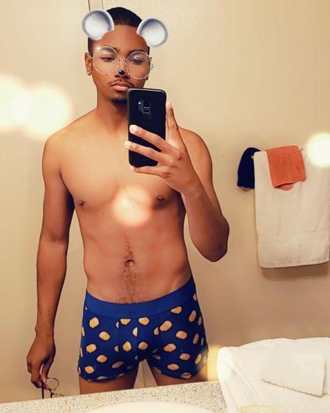 Wht can I say...? I love corn 😏🌽 #bisexual #gay #model #lgbtq #jock #muscle #twink #malemodel #lovewins #sexy #cute #boys #gaypride #pride #hotboy #gayusa #instagay #losangeles #dancer #photography #losangeles #nudes #selfies #bubblebuttmen #bubblebutt #biceps #abs #jockstrap
