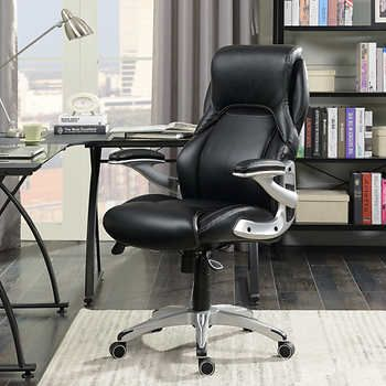 True Wellness Manager Chair With