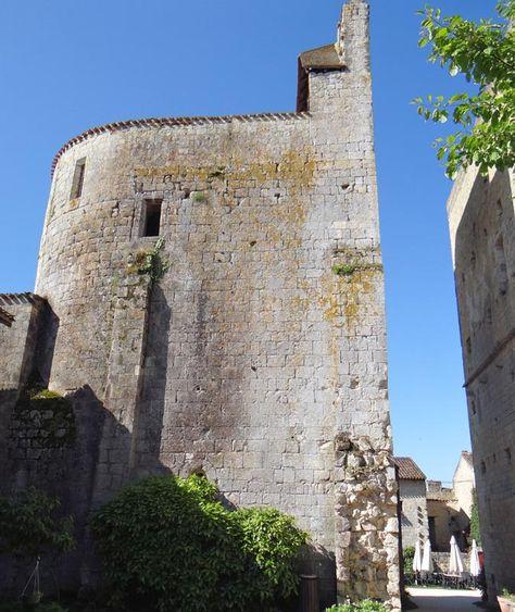 Village fortifié de Larressingle, XIIIe, XIVe siècle - Gers