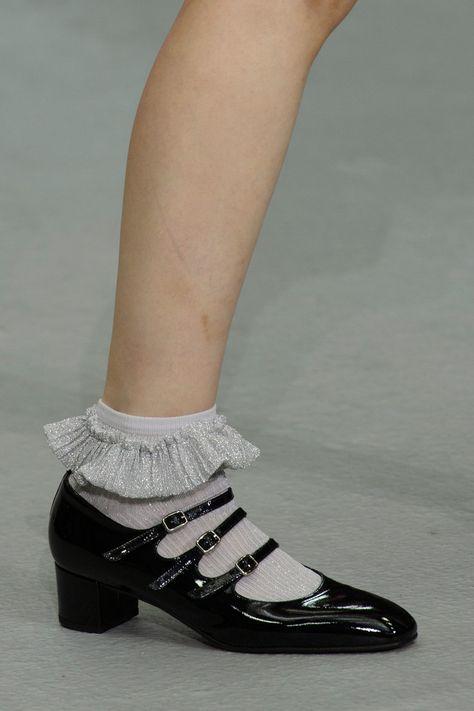 Ryan Lo at London Fashion Week Spring 2017 - Details Runway Photos Emo Fashion, Fashion Outfits, Womens Fashion, Fashion Trends, Runway Fashion, Hand Painted Shoes, Michael Kors Wallet, Sock Shoes, Fab Shoes