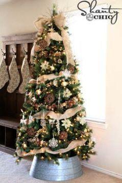12 Mini Canadian Pine Artificial Christmas Wreath Unlit