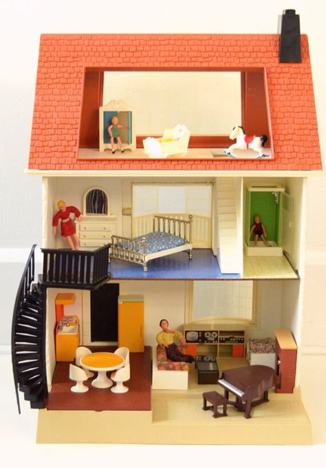3  PEOPLE VINTAGE = FISHER PRICE DOLL HOUSE FAMILY = 1979 = 1981