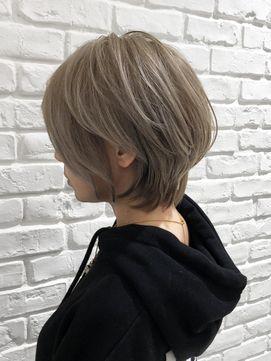 辺見えみりヘアは20代 40代で断トツ人気 美シルエットで小顔 Relaxx