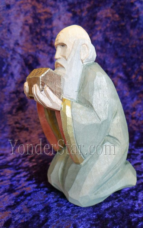 Wood Carving Walnut Shaped Statue Tradition Figure Craft Sculpture Collection 6A