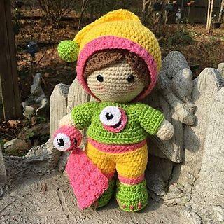 Weebee Big Head Mix and Match Baby Doll (Free Amigurumi Patterns ... | 320x320