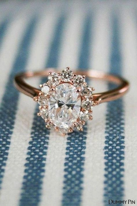 Engagement Ring Rose Gold, Vintage Oval Engagement Rings, Dream Engagement Rings, Wedding Rings Vintage, Solitaire Engagement, Engagement Ring Simple, Vintage Weddings, Gemstone Engagement Rings, Design An Engagement Ring