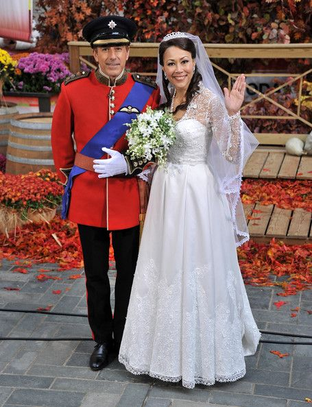 Matt Lauer & Ann Curry as Price William & Kate Middleton - Celebs Dressed As Other Celebs For Halloween - Photos