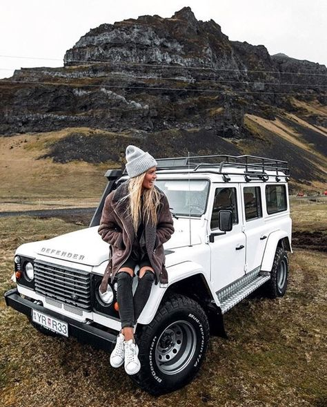 Afternoon Drive: Off-Road Adventures Photos) - - - love this Land Rover shot! : Afternoon Drive: Off-Road Adventures Photos) - - - love this Land Rover shot! Auto Jeep, Jeep Cars, Jeep Jeep, My Dream Car, Dream Cars, Offroad, Ford Gt, Hors Route, Mercedes Auto