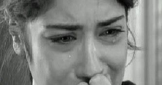 اجمل صور بكاء 2018 مجموعة البوم صورة فتيات تبكي على اشياء مؤثرة و حزينة من ضمنها فراق الحبيب و اشياء تجعل العديد من الفتيات يبكون في تلك ا Photo Crying Pics