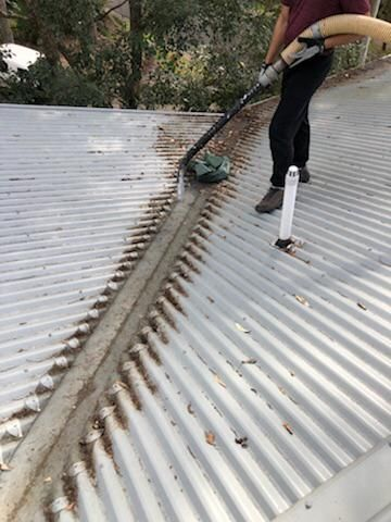 Gutter Cleaning St Ives In 2020 Cleaning Gutters Gutter Clogged Gutter