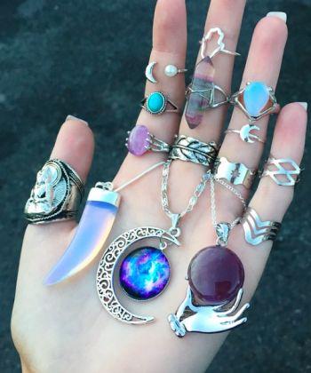 www.bohomoon.com - perfect place for Bohemian jewellery