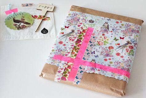 gift wrap idea http://decor8blog.com/2013/04/02/flow-spring-book/