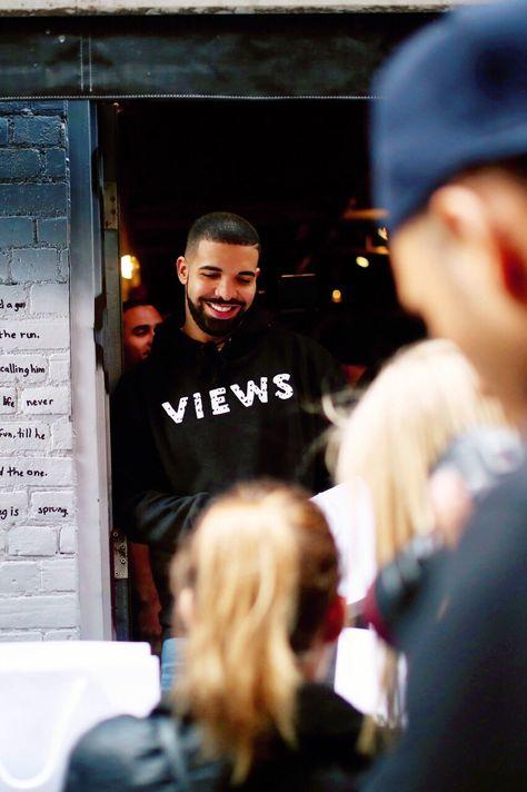 Top quotes by Drake-https://s-media-cache-ak0.pinimg.com/474x/2e/1e/c8/2e1ec8df38be3e154fef106696aa5882.jpg