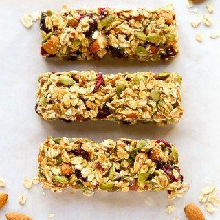 Healthy Fruit And Nut Granola Bars No Bake Recipe Low Calorie Granola Bars Healthy Fruits Homemade Granola Bars