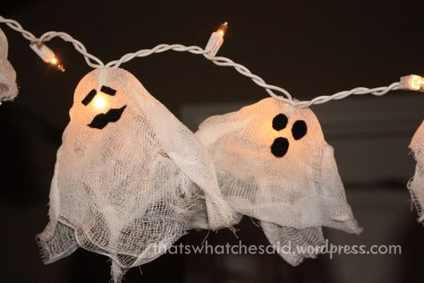 ghost fairy lights. - Candice this reminded me of u since u love Halloween! Cute idea !