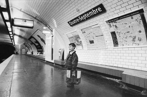 metro paris litteral 07 Mises en scènes du nom des stations du métro de Paris  photographie bonus