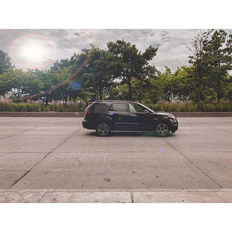 NYC . . . . . . #newyork #newyorkcity #nyc #nycphotographer #ny #nycphotography #naturephotography  NYC . . . . . . #newyork #newyorkcity #nyc #nycphotographer #ny #nycphotography #naturephotography #photographer #iphonex #lightroom #moment #car #black #hudson #perrystreet #instagram #light @instagram @lightroom @moment @cmonboardnyc @nycfc @likenewyorkcity