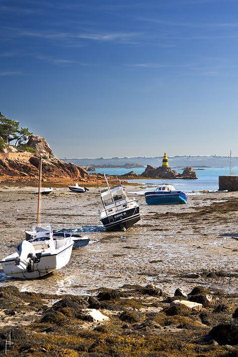 Île de Bréhat, Côtes d'Armor....Pas côté d'Amour tu vois bien qu'on a tous échoués...Salut Marin tu vas manquer 🎼🎶🎵🎶🎵♩