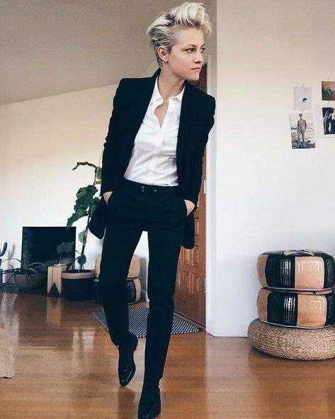 Brittenelle Fredericks tomboy style outfits looks 25 Tomboy Fashion, Androgynous Fashion Women, Queer Fashion, Fashion Outfits, Womens Fashion, Androgynous Style, Androgyny, Butch Fashion, Androgynous Clothing