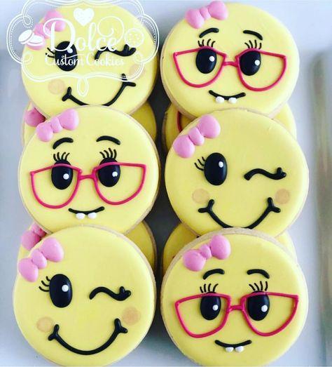 Apparently it's world emoji day! #emojicookies #dolcecustomcookies
