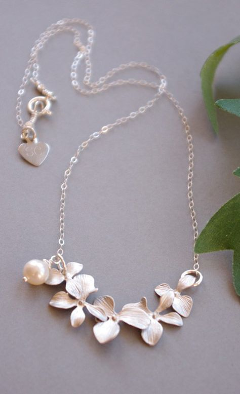 Orchid Jewelry Elegant Matte Silver This is A Very Nicely Made And Dante